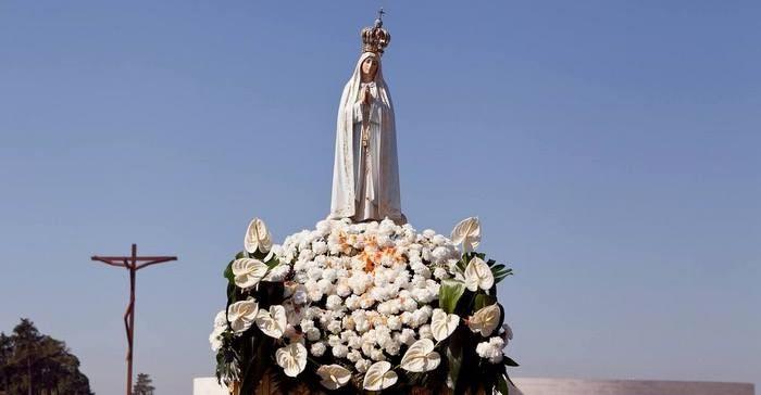 Nossa Senhora De Fátima Comemora Se Dia 13 De Maio