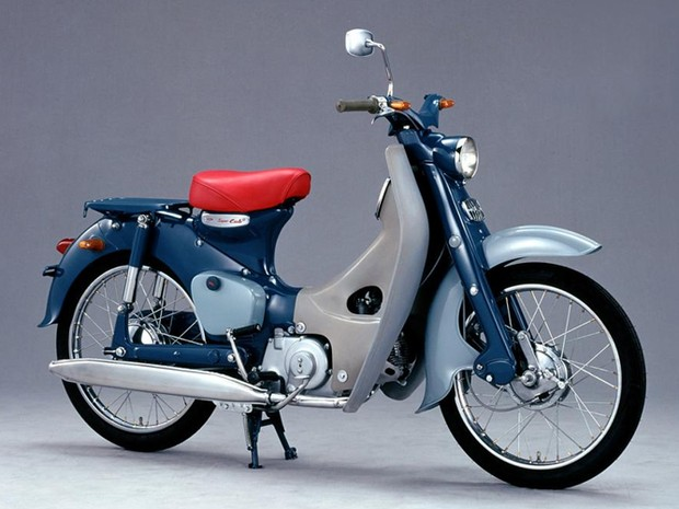 Honda Super Cub serviu de base para a EV-CUB (Foto: Divulgação)