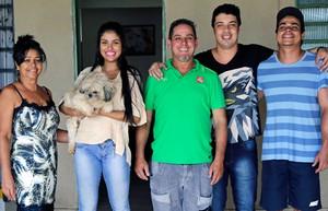 Família de Munik (Foto: Gabriella Dias/Gshow)